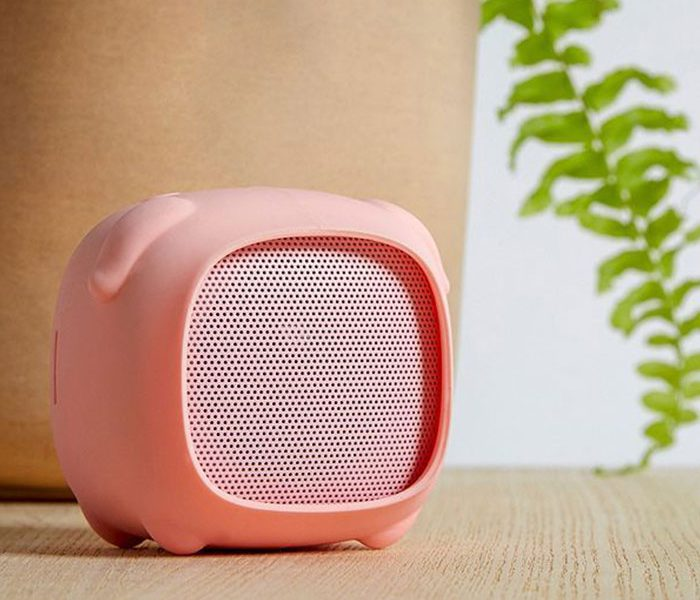bluetooth speakers wholesale piggie